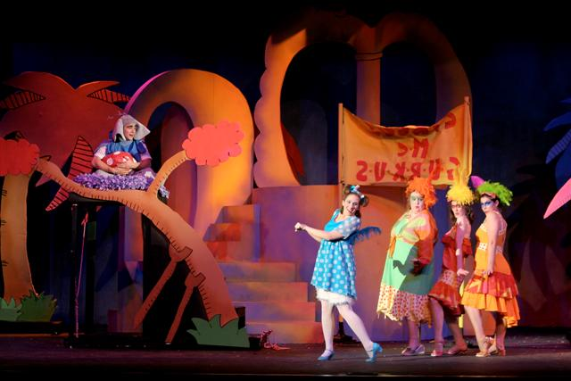 seussical_01-small.jpg